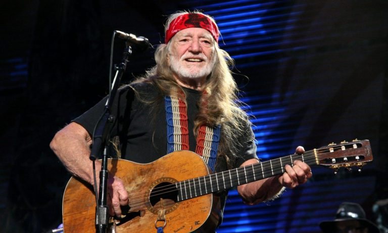 Willie Nelson Urges President Biden To Recognize 420 As National Holiday – The Fresh Toast