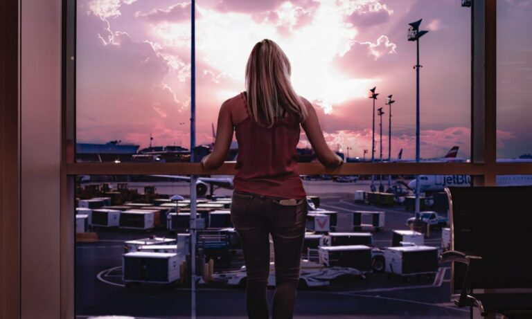 How To Prepare For A Delayed Or Cancelled Flight